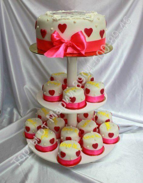 Цена за 1 кг торта 800 руб пирожные 150 р